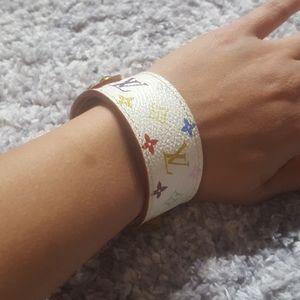 TRADE?? Authentic Murakami Louis Vuitton bracelet